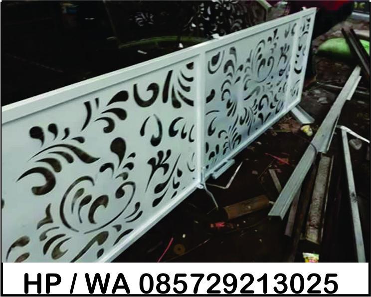 Balkon Railling Tangga Plat