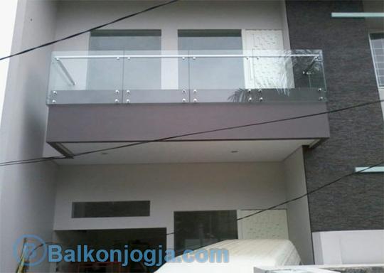 railing balkon kaca stainless